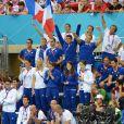 Le clan français exulte après la victoire d'Amaury Leveaux, Fabien Gilot, Clément Lefert et Yannick Agnel lors du relais 4x100m le 29 juillet 2012 lors des Jeux olympiques de Londres