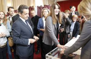 Carla Bruni-Sarkozy porte plainte contre le magazine Closer