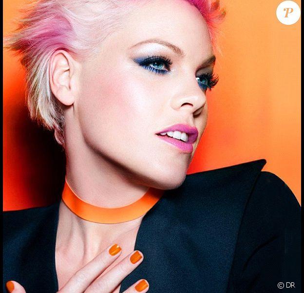 Pink est la nouvelle égérie de CoverGirl Cosmetics !