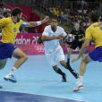 Daniel Narcisse va décoller... Les Experts du hand français ont conservé le 12 août 2012 aux JO de Londres leur titre olympique de Pékin en battant en finale la Suède (22-21). Un doublé historique, une joie épique, une équipe de légende.