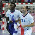 Luc Abalo et Michaël Guigou, la joie partagée... Les Experts du hand français ont conservé le 12 août 2012 aux JO de Londres leur titre olympique de Pékin en battant en finale la Suède (22-21). Un doublé historique, une joie épique, une équipe de légende.