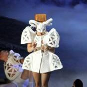 Lady Gaga : Premières images sur scène de son Born This Way Ball délirant