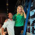 Jennie Garth et Luke Perry au bar à jeans Old Navy à Los Angeles, le 23 août 2012
