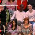 Deux jeunes ne savent se tenir sur le plateau de Ca se discute sur France 2
