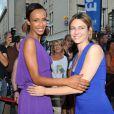 Marie-Josée Croze et Sonia Rolland lors de la présentation du film  Stars 80  au Festival du Film d'Angoulême, le 21 août 2012.