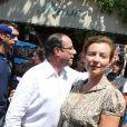 Valérie Trierweiler et François Hollande à Bormes-les-Mimosas, le 3 août 2012.
