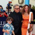 Harvey Keitel, Daphna  Kastner  et leur enfant lors de la cérémonie d'ouverture du 38e Festival du cinéma américain de Deauville, le 31 août 2012.