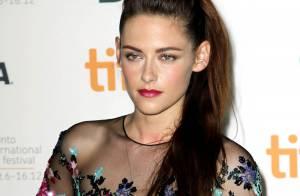 Kristen Stewart : Fière femme fatale pour sa première sortie depuis le scandale