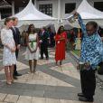 La duchesse de Cambridge Catherine et son époux le prince William ont assisté à une Tea Party à la British High Commission de Kuala Lumpur en l'honneur du Jubilé de diamant de la reine Elizabeth II le 14 septembre 2012 en Malaisie