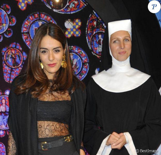 Sofia Essaïdi à la première de Sister Act au Théâtre Mogador, à Paris, le 20 septembre 2012.