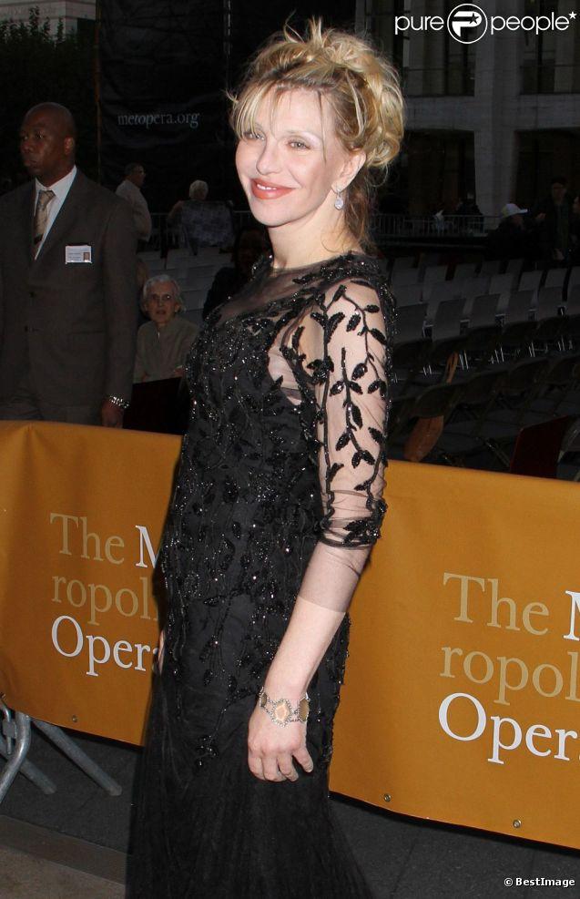 L'artiste américaine Courtney Love à la soirée de gala Metropolitan Opera Opening Night à New York, le 24 Septembre 2012.