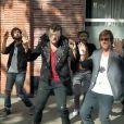 Thomas Dutronc rejoint Matthieu Chedid dans son nouveau clip  Mojo , octobre 2012.