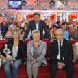 Catherine Salvador, Michel Drucker, Guy Marchand et Veronique Jannot lors de l'enregistrement le 10 octobre 2012 à Paris de l'émission Vivement Dimanche diffusée le 21 octobre