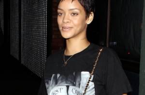 Rihanna, toujours dans la provoc', s'affiche fesses nues