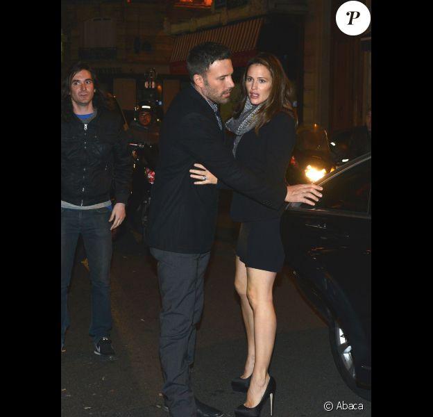 Jennifer Garner et Ben Affleck sont allés dîner en amoureux au bistrot La Fontaine de Mars, à Paris, le 15 octobre 2012