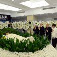 Le défunt ancien roi du Cambodge Norodom Sihanouk, décédé le 15 octobre 2012 à Pékin à 89 ans et dont la dépouille a été rapatriée le 17 à Phnom Penh, a reçu de nombreux hommages émus.