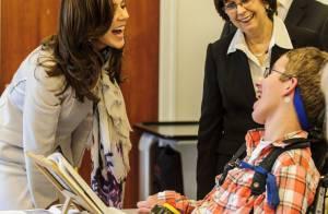 Princesse Mary : La first lady slovaque l'admire à l'oeuvre avec les enfants
