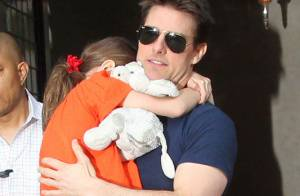 Tom Cruise et Suri : Accusé d'abandon, il réclame 50 millions de dollars