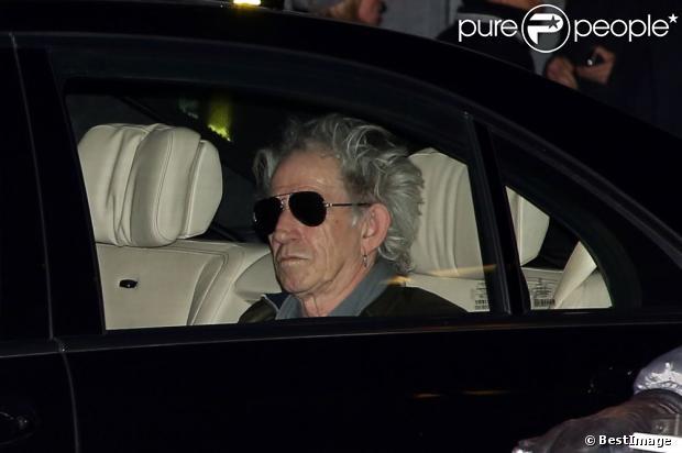 Keith Richards arrive au Théâtre Mogador à Paris le 29 Octobre 2012.