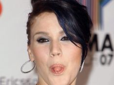 La chanteuse Joss Stone est ruinée!