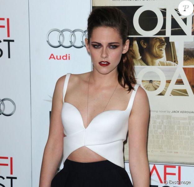 Kristen Stewart lors de la présentation de On The Road lors de l'AFI Film Festival au Grauman's Chinese Theatre à Hollywood le 3 novembre 2012.