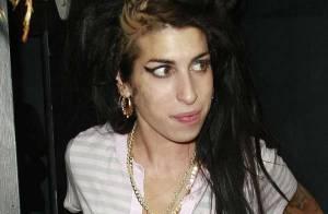 PHOTOS : Amy Winehouse : faux-bond à Nelson Mandela ?