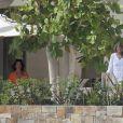 George Clooney, sa petite amie Stacy Keibler et Cindy Crawford et son mari Rande Gerber en vacances au Mexique avec leurs enfants, le 21 Novembre 2012.