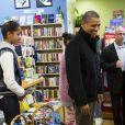 Barack Obama et ses filles Malia et Sasha ont passé un bon moment dans une librairie le 24 novembre 2012