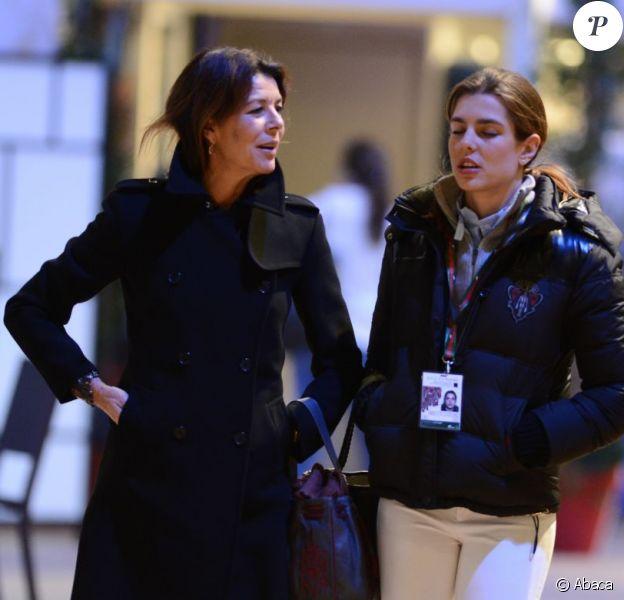 La princesse Caroline de Monaco a rejoint sa fille Charlotte Casiraghi au Jumping de Paris, le Gucci Masters, le 30 novembre 2012.