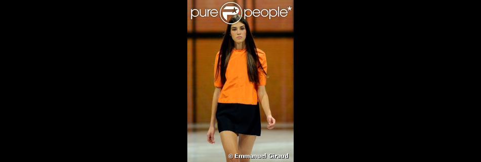 La belle gagnante Marilhéa de la finale internationale du concours Elite Model Look