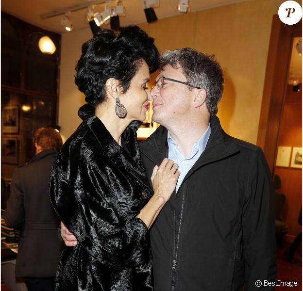 """Farida Khelfa et Henri Seydoux - Présentation à la Galerie du Passage du documentaire """"Une jeunesse Tunisienne"""" de Farida Khelfa et vernissage de l'exposition d'Emir Ben Ayed, à Paris le 3 Decembre 2012."""