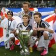 David Beckham et ses trois enfants Brooklyn, Romeo et Cruz après avoir été sacré champion de MLS avec son équipe du Galaxy de Los Angeles le 3 décembre 2012 au Home Depot Center de Carson City