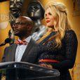 Le duo Taye Diggs et Busy Phillips lors de la présentation des nominations au 19e Screen Actors Guild Awards au Pacific Design Center de West Hollywood le 12 décembre 2012
