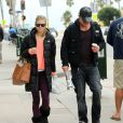 AnnaLynne McCord et son compagnon Dominic Purcell à Los Angeles, le 16 décembre 2012
