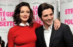 Charlotte Le Bon : Les cheveux coupés et en robe rouge, elle est superbe !