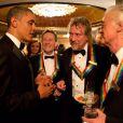 À Washington, au Kennedy Center, Barack Obama rend hommage et distingue John Paul Jones, Robert Plant et Jimmy Page du groupe de rock Led Zeppelin, le 12 décembre 2012.