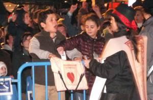Elena d'Espagne : Ses enfants Victoria et Felipe excités devant les rois mages