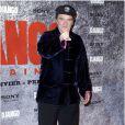 Quentin Tarantino pose devant les objectifs sur le tapis rouge de l'avant-première parisienne du film Django Unchained au Grand Rex, le 7 janvier 2013.
