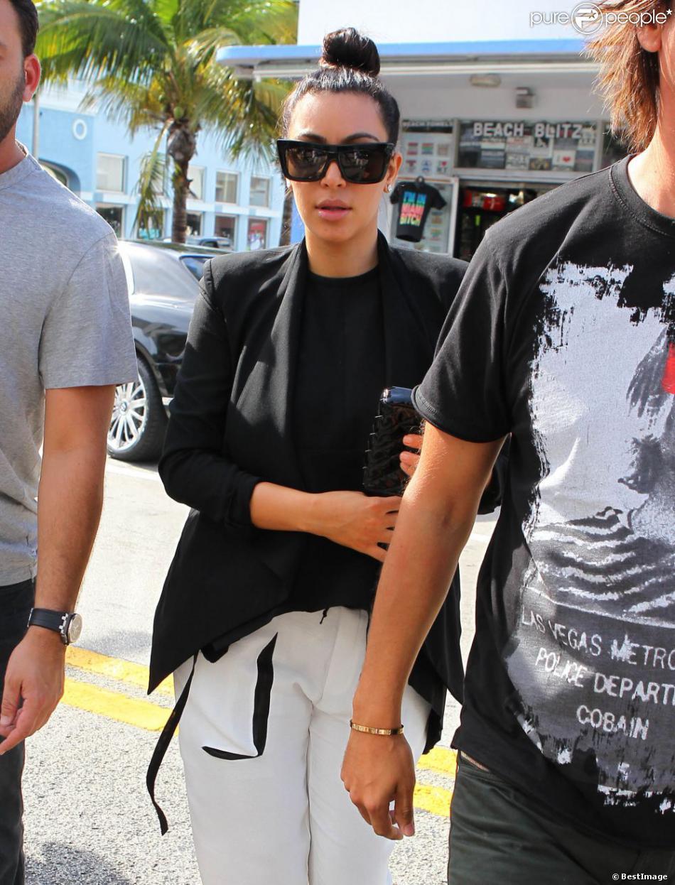 kim kardashian grosses lunettes de soleil noires   heju – blog deco, diy,  lifestyle fbed6765c4cd