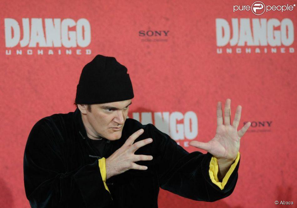 Quentin Tarantino prend la pose pendant le photocall du film Django Unchained à Berlin, le 8 janvier 2013.