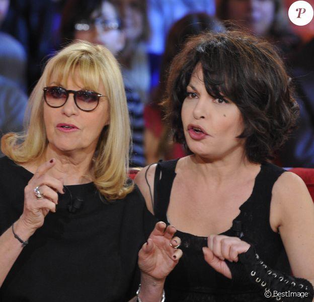 Les hilarantes Isabelle Mergault, Chantal Ladesou à l'enregistrement de l'émission Vivement Dimanche à Paris, le 16 Janvier 2013. Diffusion le 20 janvier 2013.