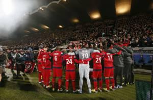 PSG-Bordeaux : Victoire, hommage et émotions après le décès de Nick Broad