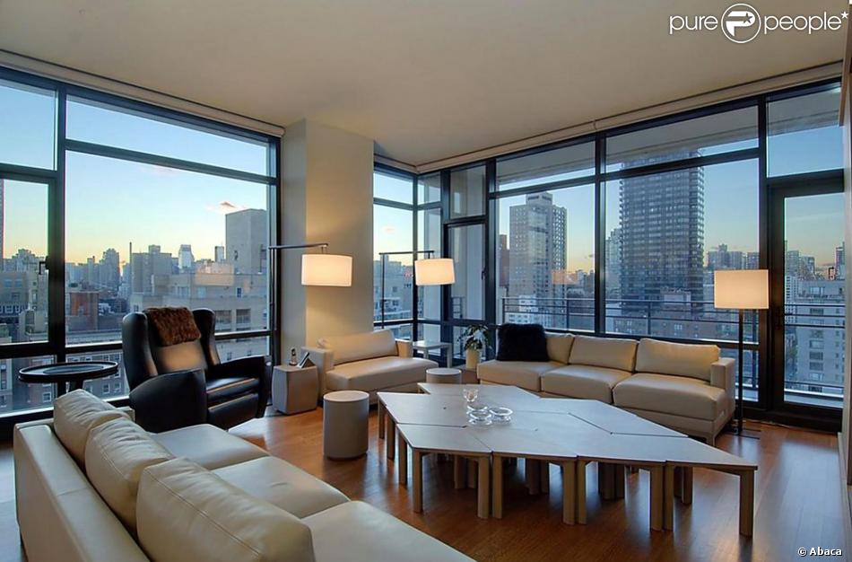 ricky martin des images de son sublime appartement avec vue sur new york purepeople. Black Bedroom Furniture Sets. Home Design Ideas