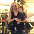 Kimberly Stewart en sortie shopping avec sa fille Delilah dans West Hollywood le 26 janvier 2013.