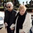 William Mebarak et Nadia Ripoli, les parents de Shakira, rendent visite à leur fille et leur petit-fils Milan à la clinique Teknon de Barcelone, le 26 janvier 2013. Le 27, bébé et ses parents ont regagné leur domicile.