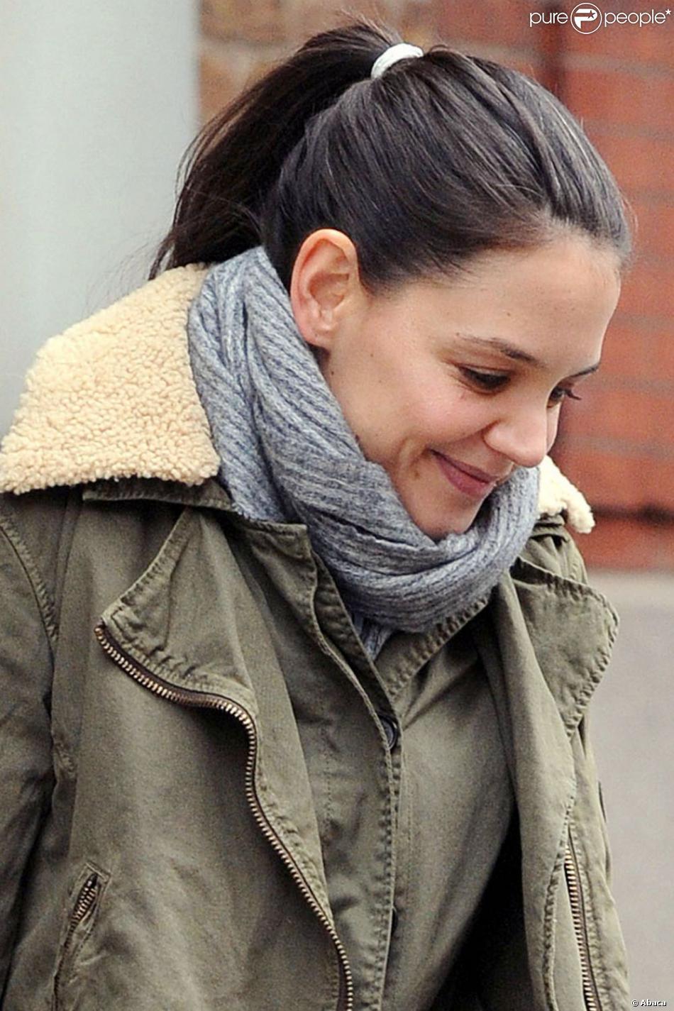 Katie Holmes s'apprête à ouvrir un nouveau chapitre de sa vie en quittant l'agence de son ex-mari CAA. La voici ici en train de quitter le Greenwich Hotel à New York, le 29 janvier 2013.