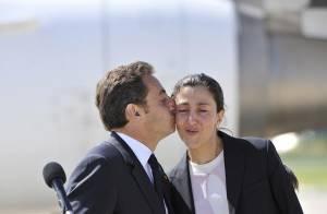 VIDEO + PHOTOS : L'arrivée à Paris d'Ingrid Betancourt, accueillie par le couple Sarkozy ! (réactualisé)