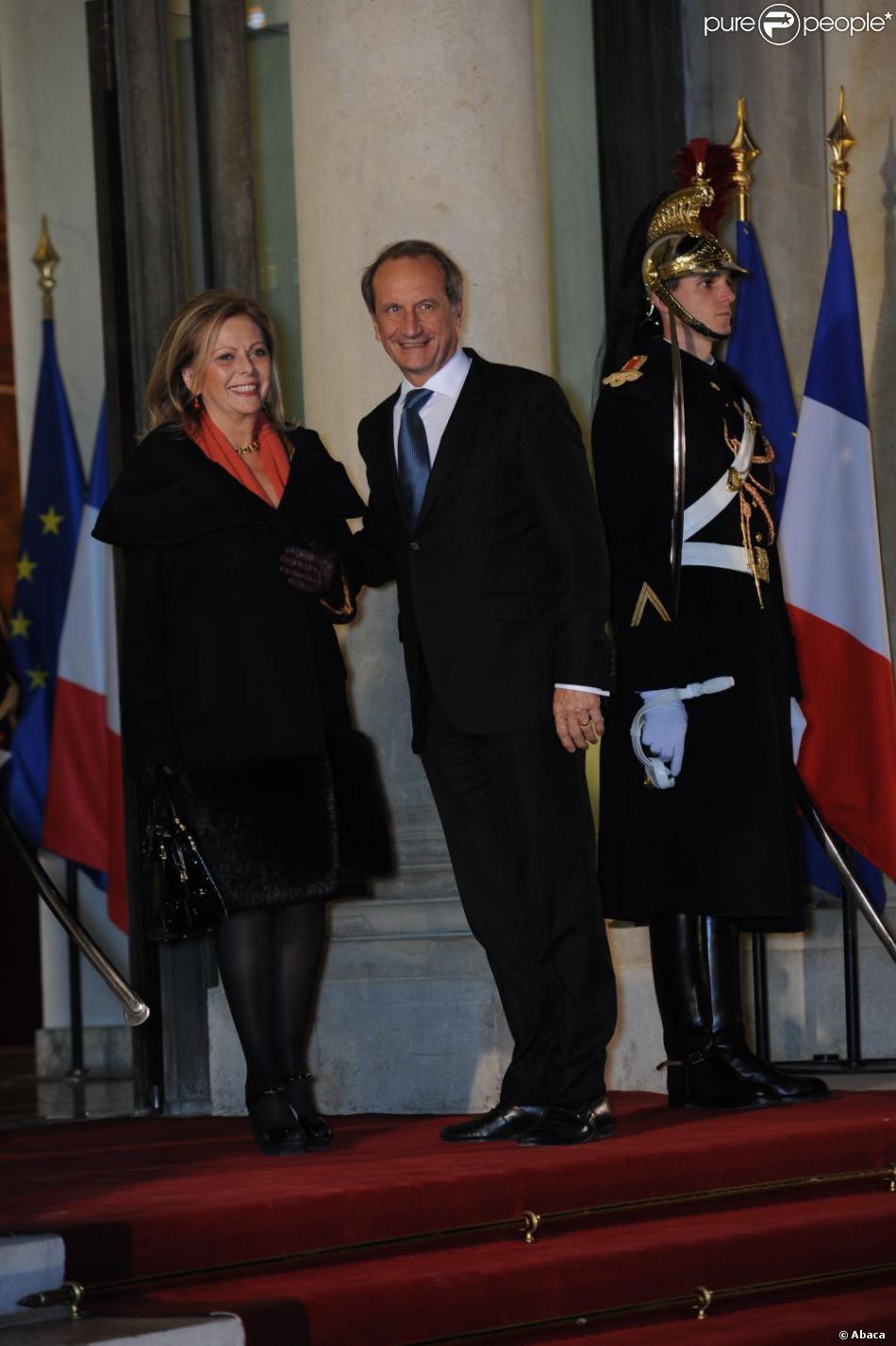 Gérard Longuet et son épouse Brigitte à l'Elysée le 26 janvier 2012.