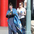 Rumer Willis et sa soeur Tallulah font du shopping le jour de l'anniversaire de la petite dernière, à Los Angeles, le 3 février 2013.