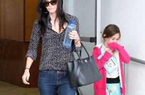 Courteney Cox : Sortie au restaurant avec sa fille en pyjama